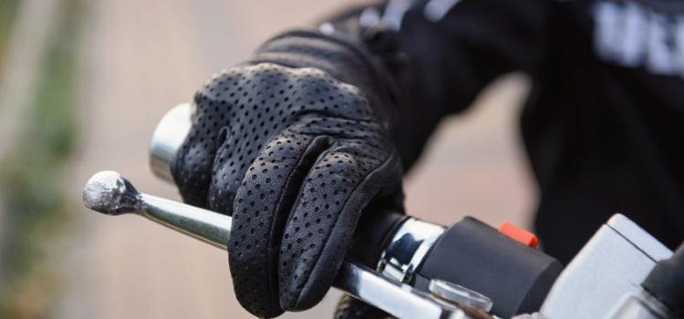 Les gants à moto ou en quad, pour tous, dès le 20 novembre 2016